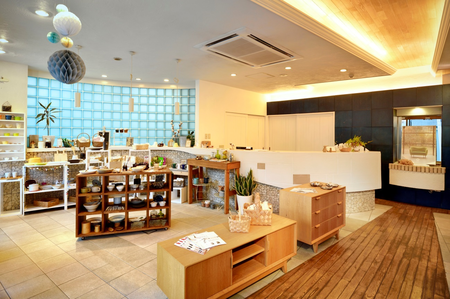 LOHAS studio 津田沼店.png